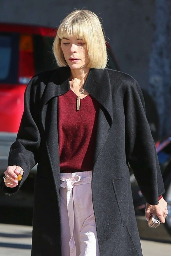 Jaime King - On the way to a meeting in Los Angeles
