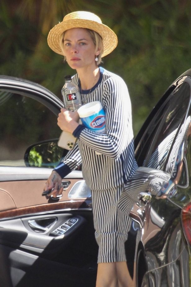 Jaime King - Spotted at a friend's house in Beverly Hills