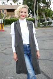 Jaime King - Teams Up With Rainbow Light and Vitamin Angels To Help Women In Need in LA