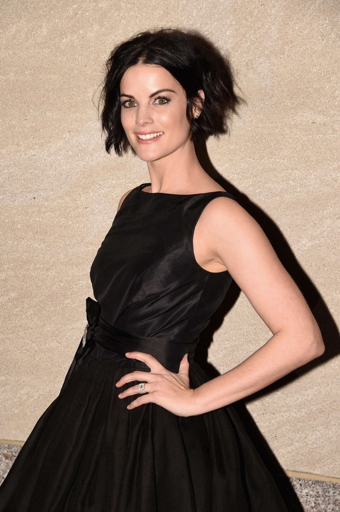 Jaimie Alexander - 83rd Rockefeller Center Tree Lighting in NYC