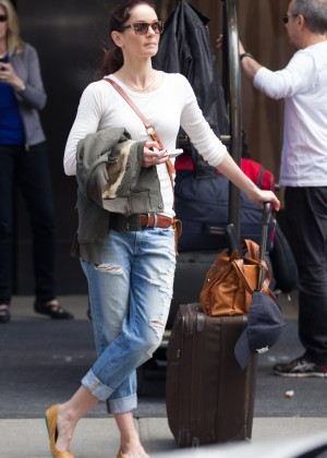 Jaimie Alexander in Ripped Jeans -01