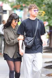 Jameela Jamil and boyfriend James Blake Pack - Out in NYC