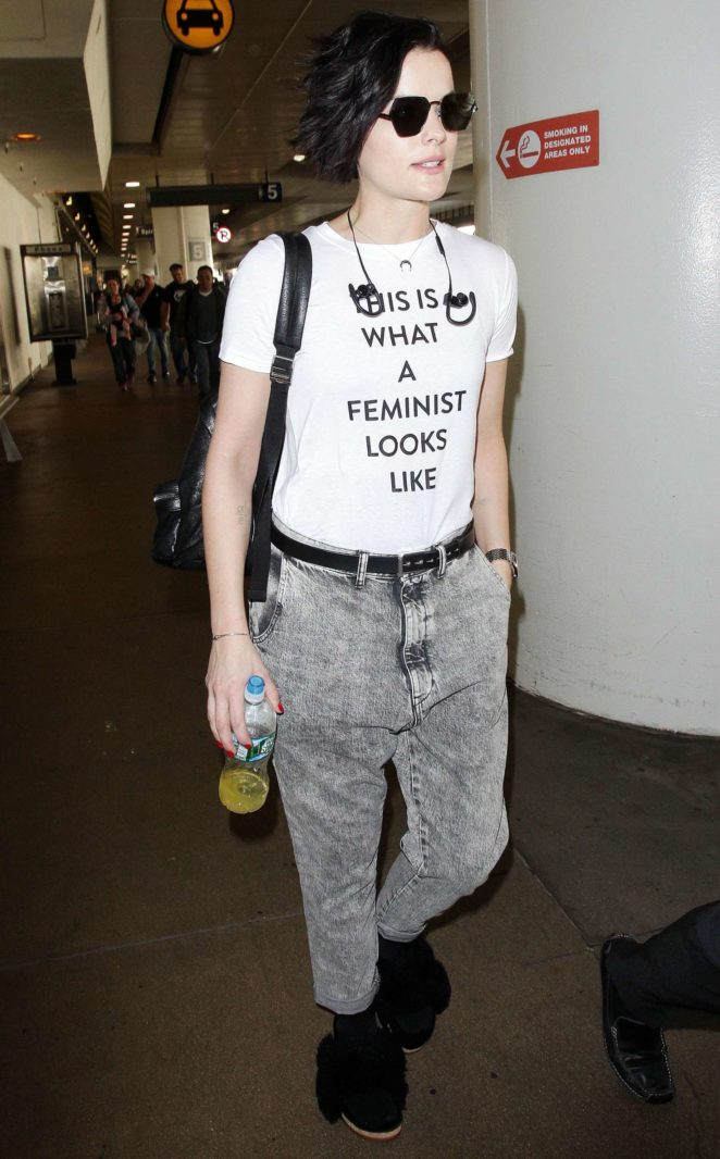 Jamie Alexander - Arrives at the LAX International Airport in LA