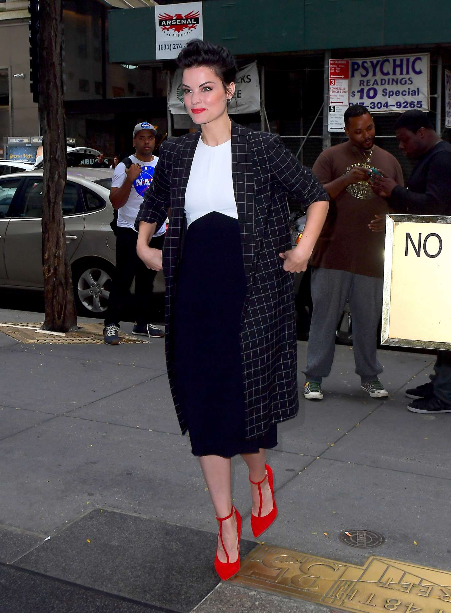 Jamie Alexander - Arriving at the Today Show in NYC
