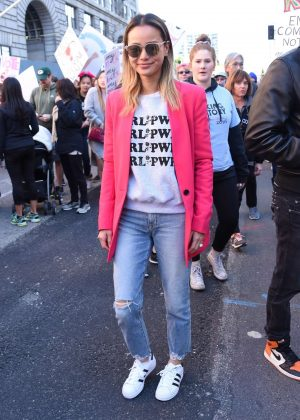 Jamie Chung - 2018 Women's March in Los Angeles