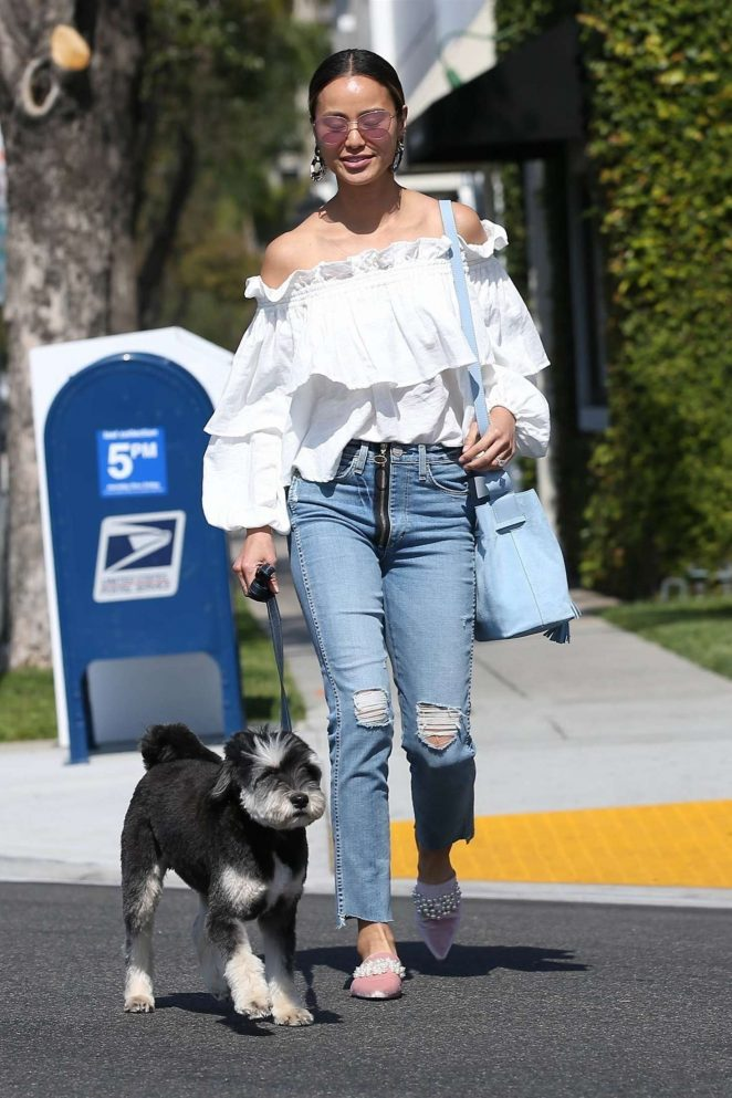 Jamie Chung - Shopping with her puppy in Beverly Hills