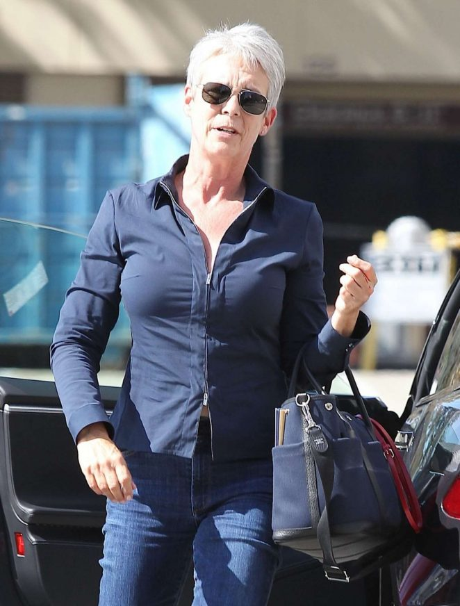 Jamie Lee Curtis Out in Los Angeles