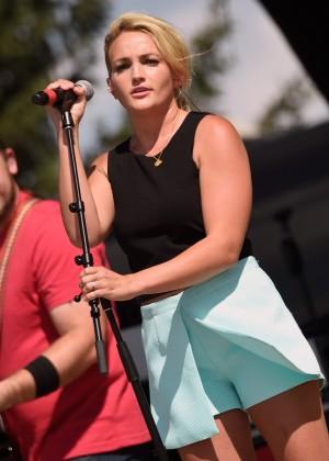 Jamie Lynn Spears - Country Jam USA Music Festival in Wisconsin