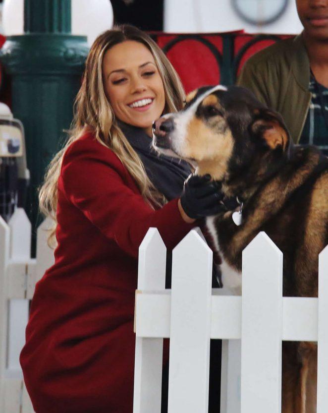 Jana Kramer - Filming 'Love at First Bark' set in Vancouver