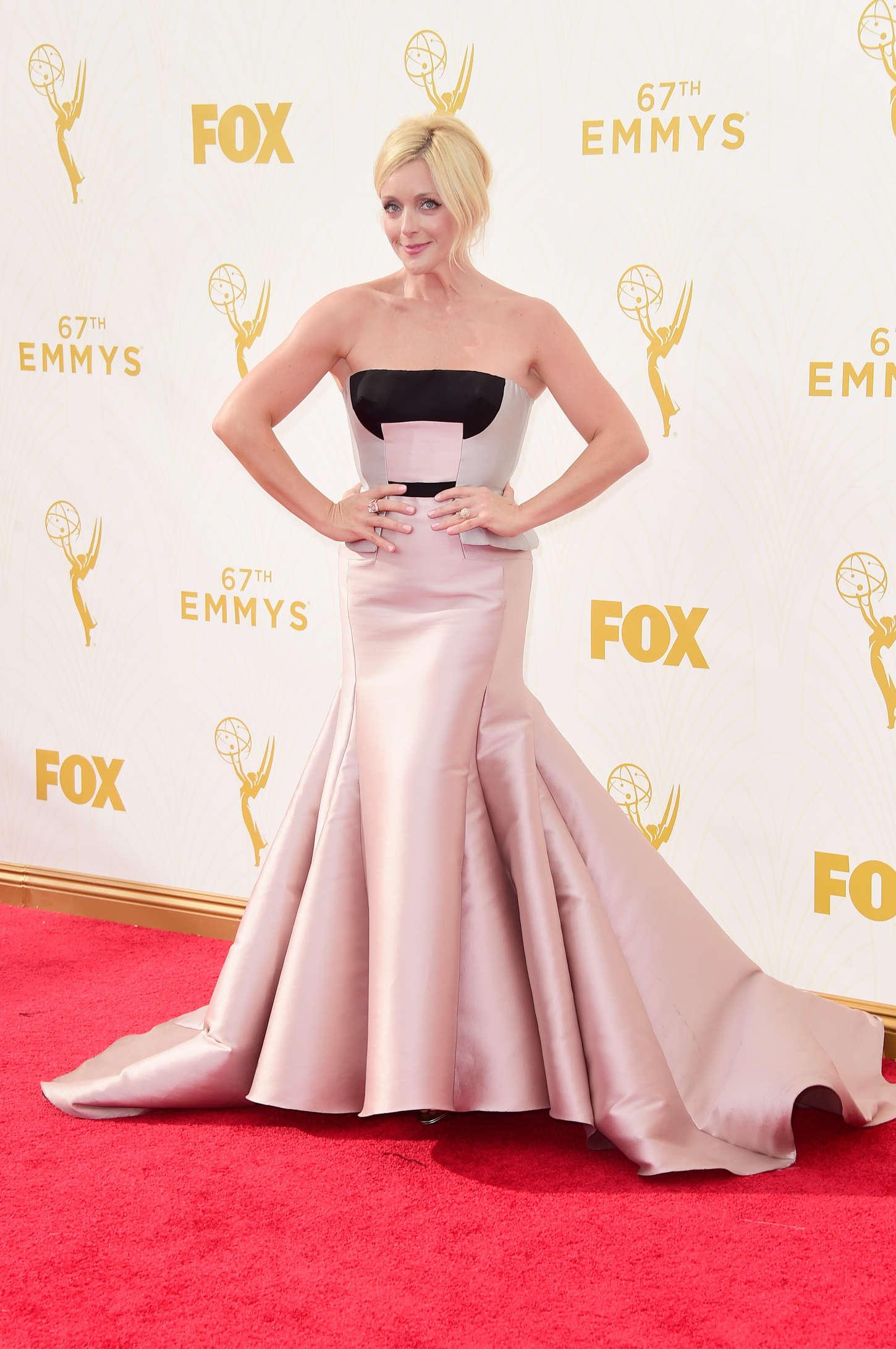 Jane Krakowski 2015 : Jane Krakowski: 2015 Emmy Awards -04