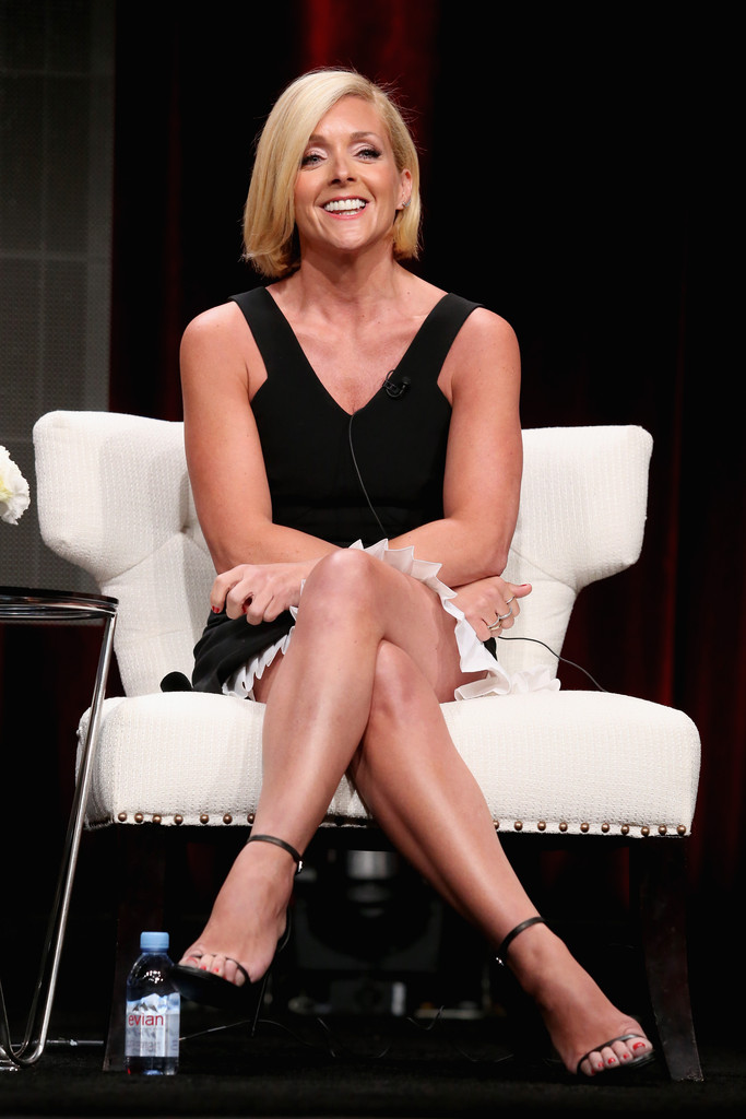 Jane Krakowski Legs | Hot and Sexy Celebrity Legs Images