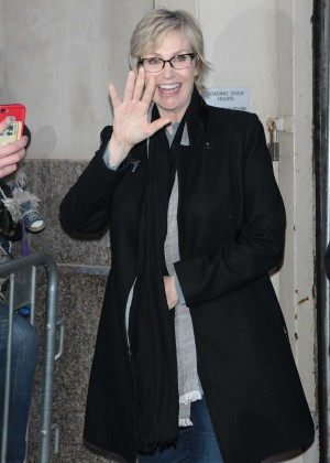 Jane Lynch out in New York