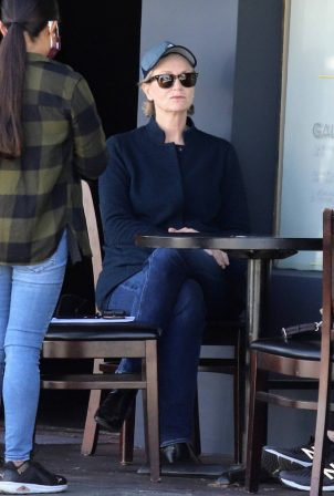 Jane Lynch - With ex-partner Lara Embry at Kings Road Cafe in West Hollywood