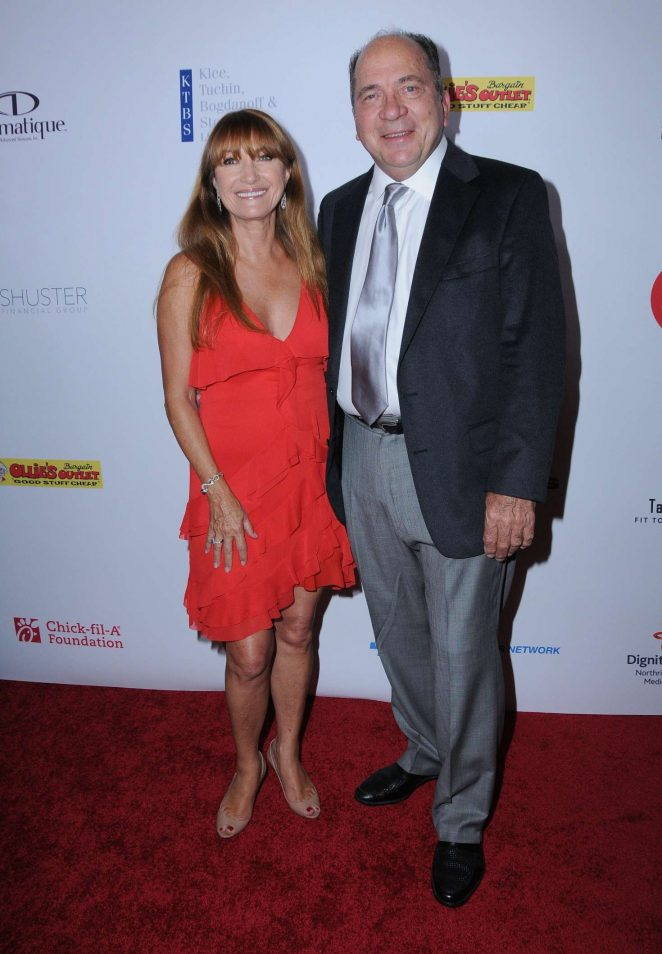 Jane Seymour: 17th Annual Harold and Carole Pump Foundation Gala -09