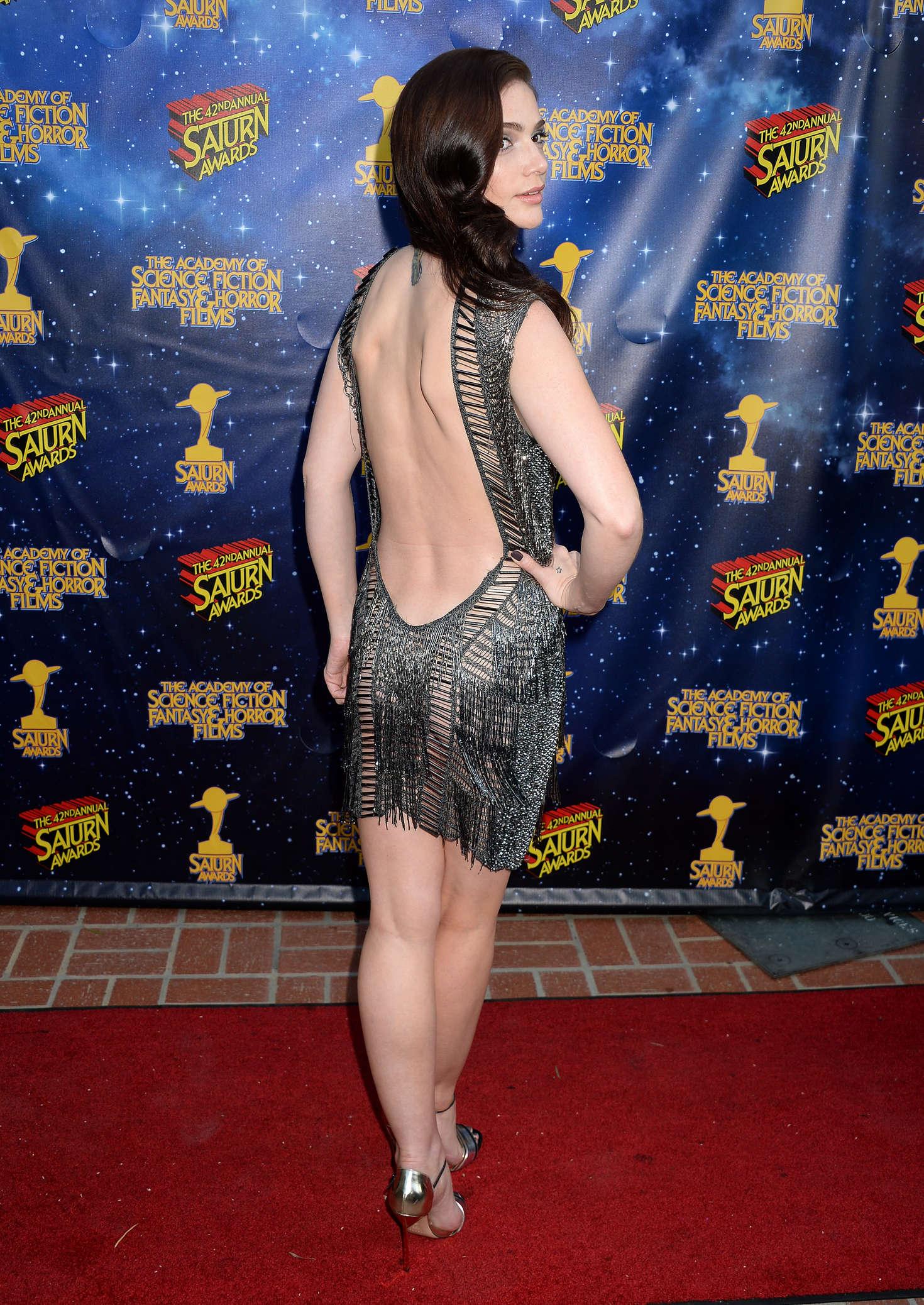 Janet Montgomery 2016 Saturn Awards 02 Gotceleb