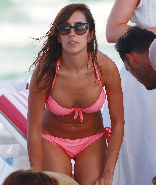 Janette Manrara - Bikini candids on Miami Beach