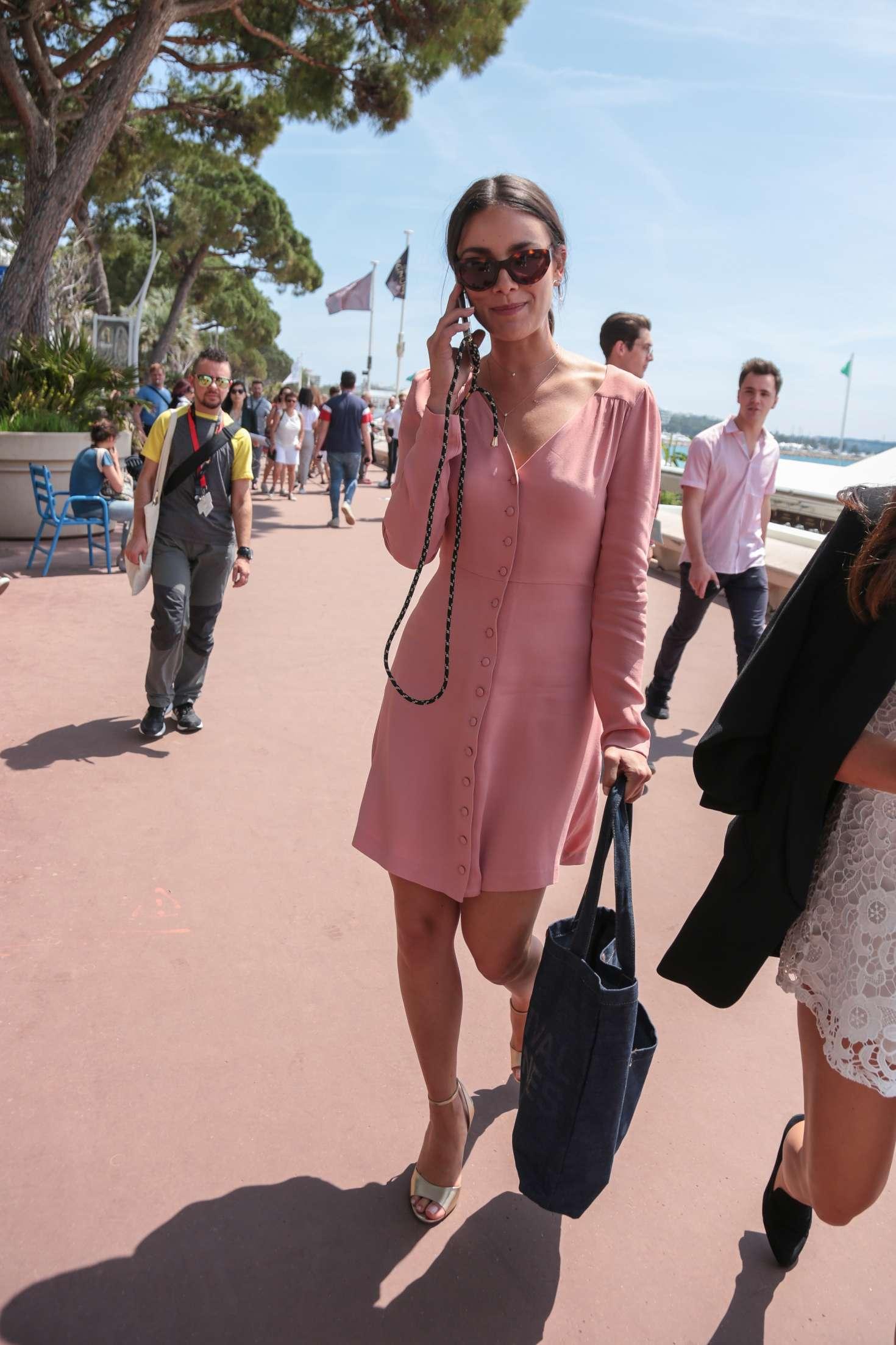 Janina Uhse 2018 : Janina Uhse on the Croisette de Cannes -06