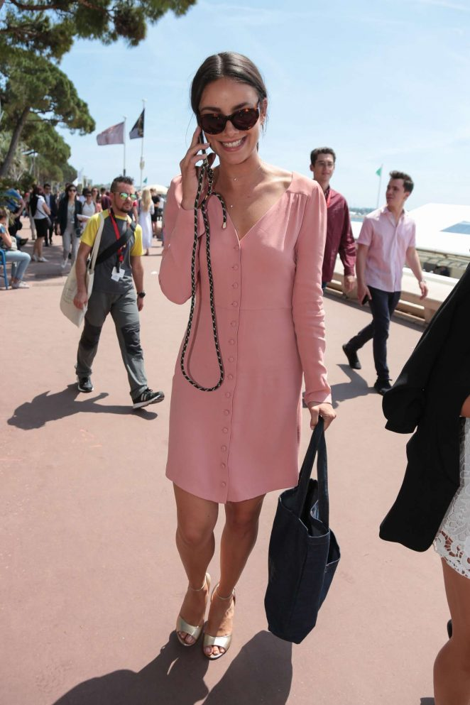 Janina Uhse on the Croisette de Cannes in Cannes