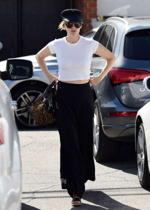 January Jones - Arrives at a Salon in Los Angeles