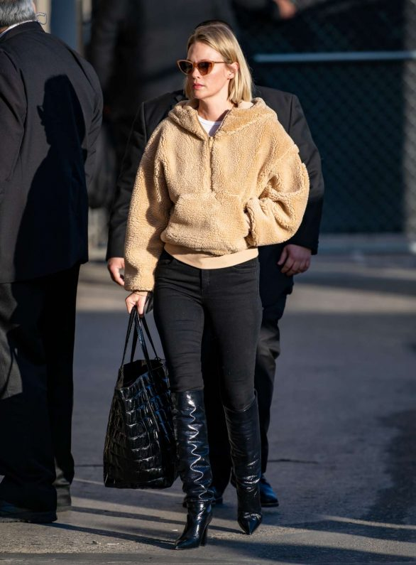 January Jones - Arriving at 'Jimmy Kimmel Live!' in Los Angeles