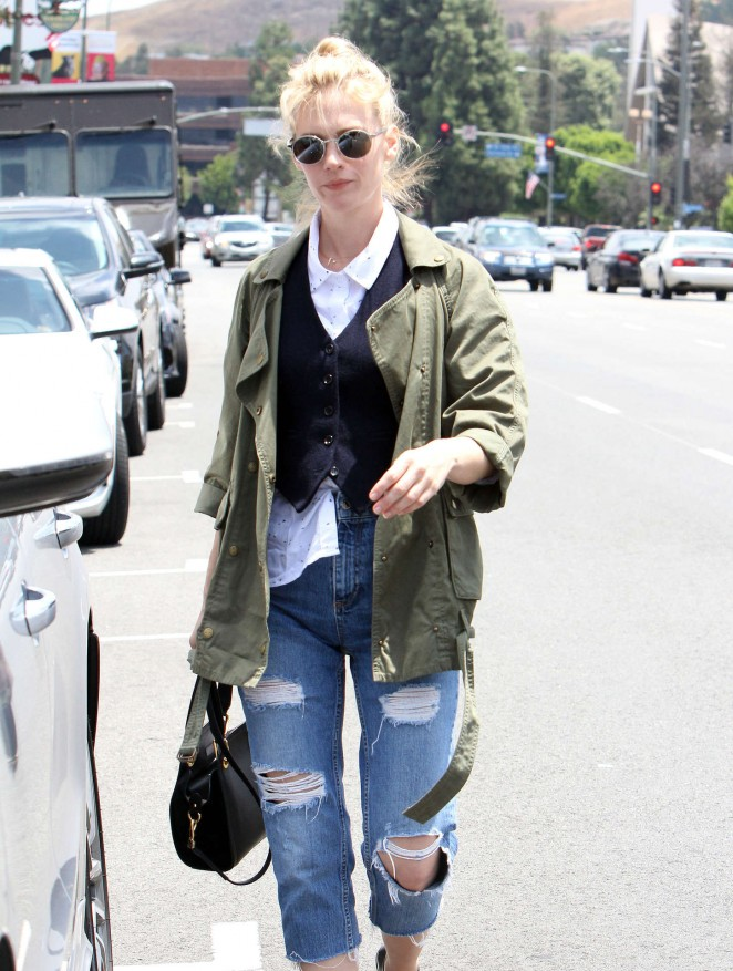 January Jones in Ripped Jeans at Post office in Encino