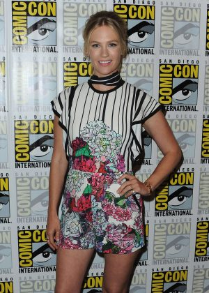 January Jones - 'Last Man on Earth' Press Line at Comic-Con International in San Diego