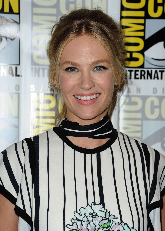 January Jones: Last Man on Earth Press Line at Comic-Con International -17