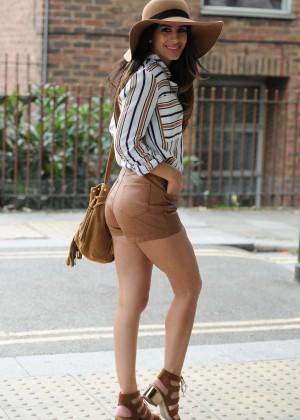 Jasmin Walia - Filming for Desi Rascals in Camden