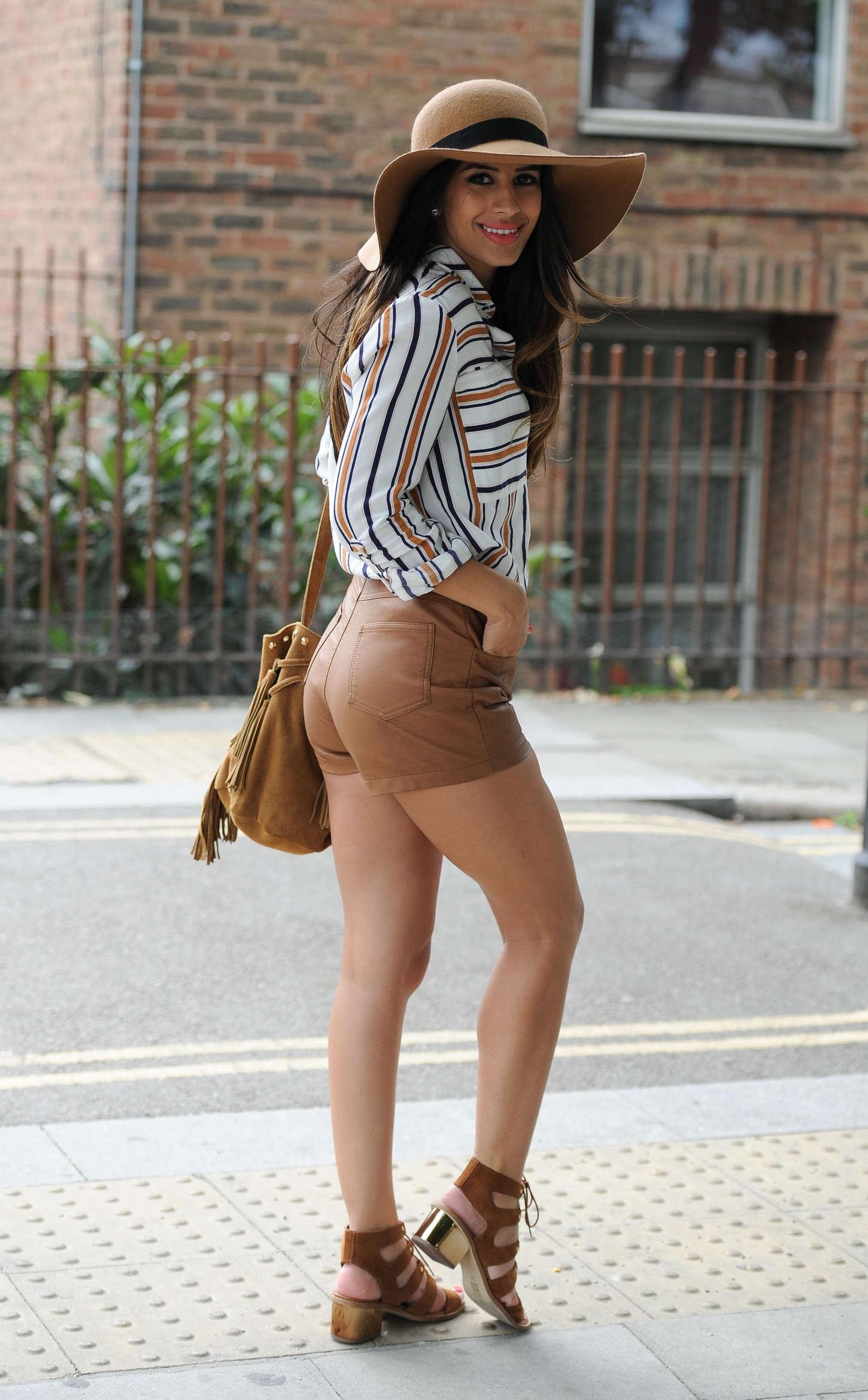 Jasmin Walia - Filming for Desi Rascals in Camden Lindsay Lohan