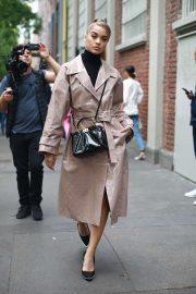 Jasmine Sanders - Arriving at the Fendi Womenswear SS 2020 Show in Milan