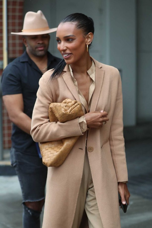 Jasmine Tookes - All smiles outside Ladurée in Beverly Hills