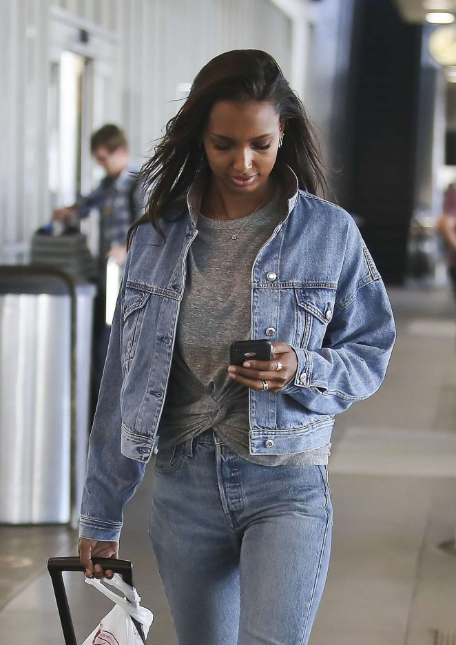 Jasmine Tookes - Arriving at LAX Airport in Los Angeles