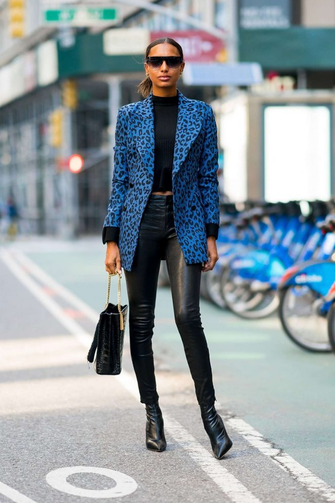 Jasmine Tookes - Arriving at the Victoria's Secret offices for fittings in NY