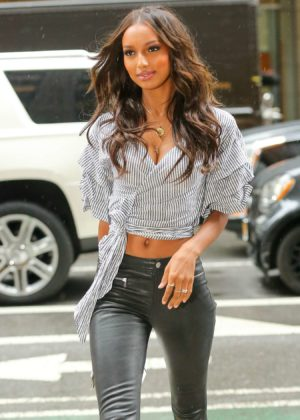 Jasmine Tookes - Arriving at the Victorias Secret fitting in New York