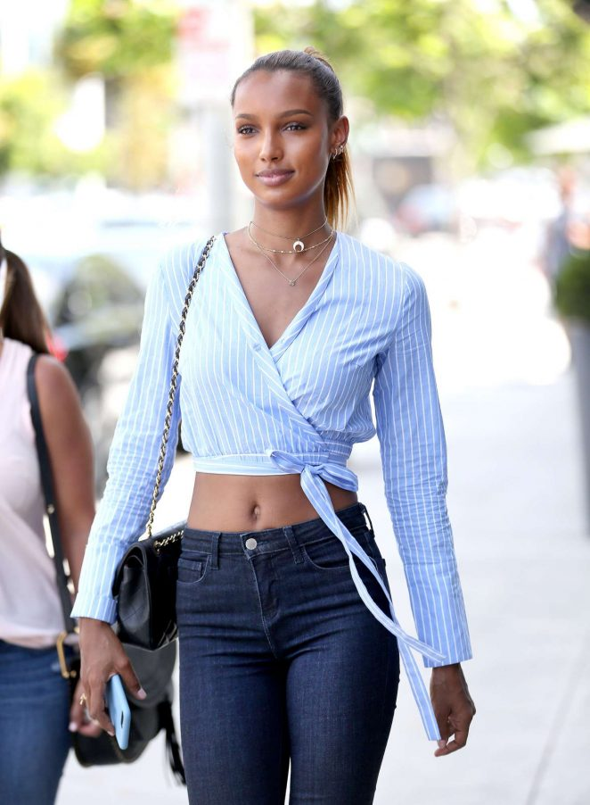 Jasmine Tookes in Jeans out for lunch in West Hollywood