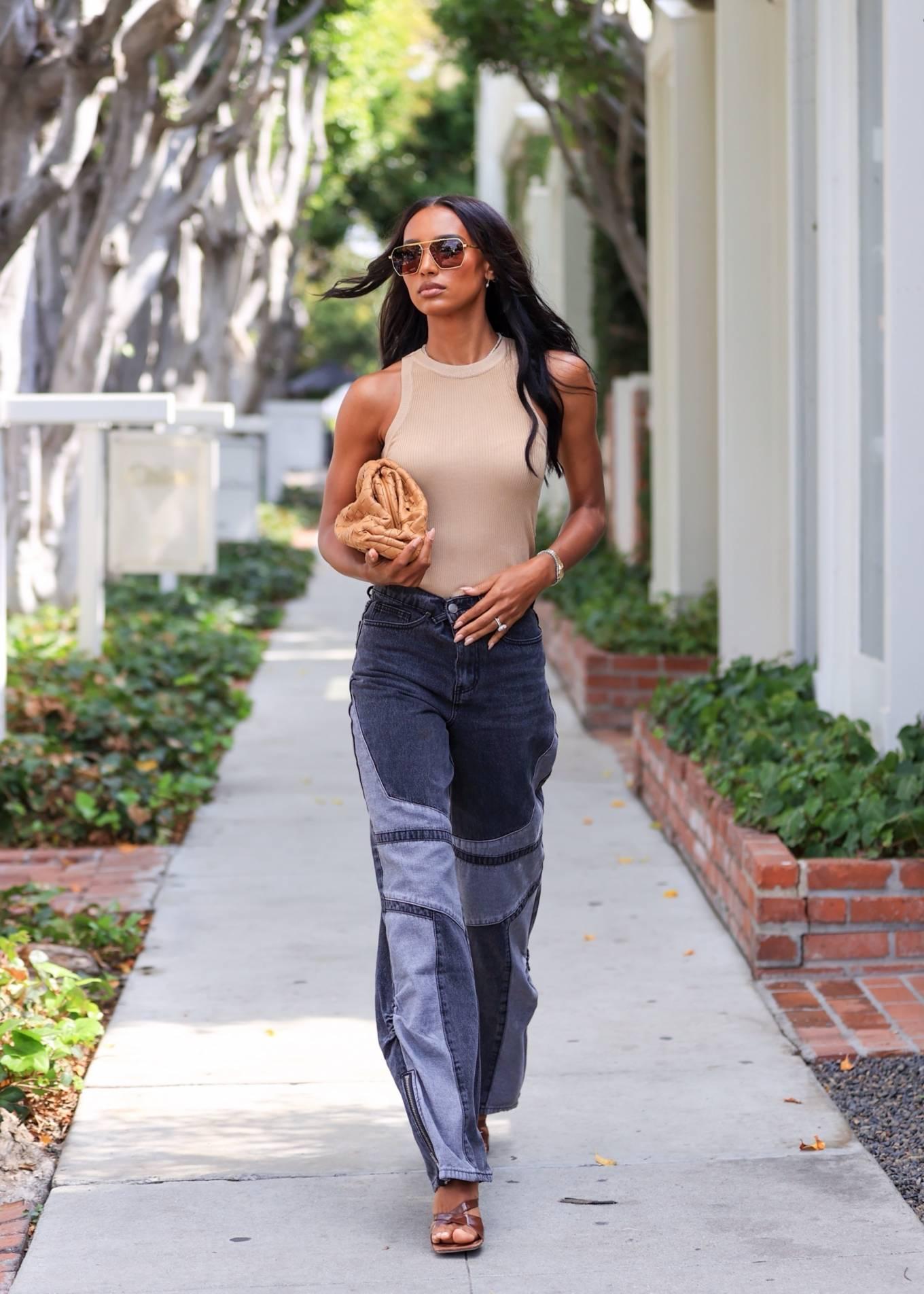 Jasmine Tookes 2021 : Jasmine Tookes – leaving Violet Gray dressed in PLT-06