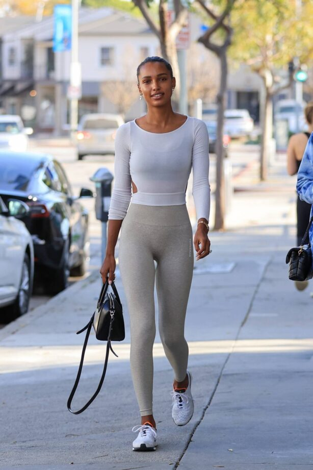 Jasmine Tookes - Seen while out for gym in Los Angeles