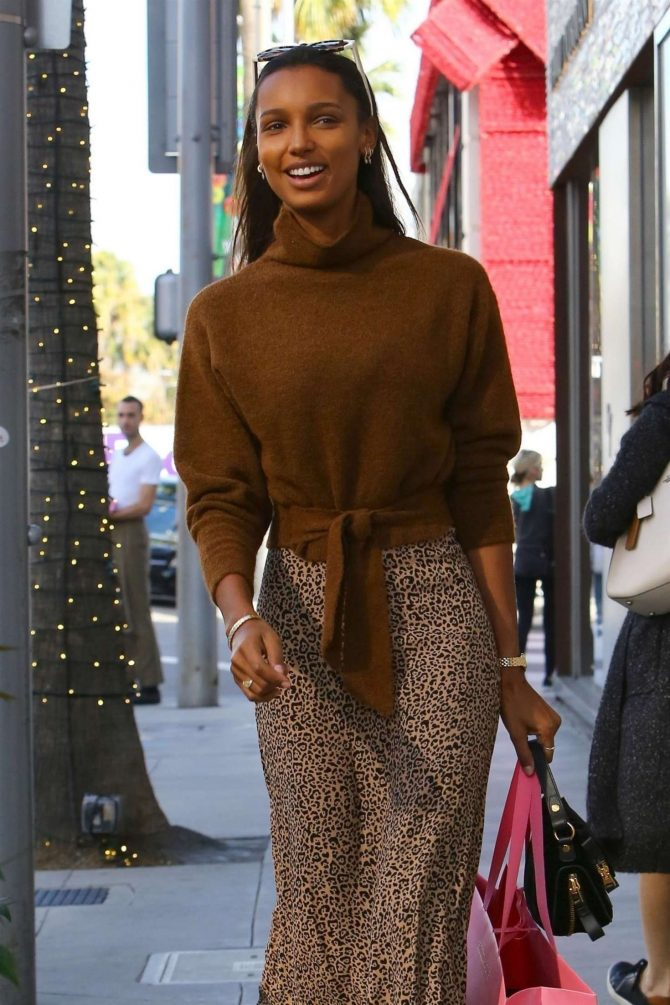 Jasmine Tookes – Shopping in Beverly Hills