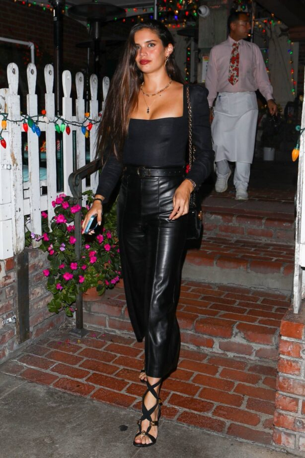 Jasmine Tookes - With Josephine Skriver and Sara Sampaio night out at the Ivy in West Hollywood