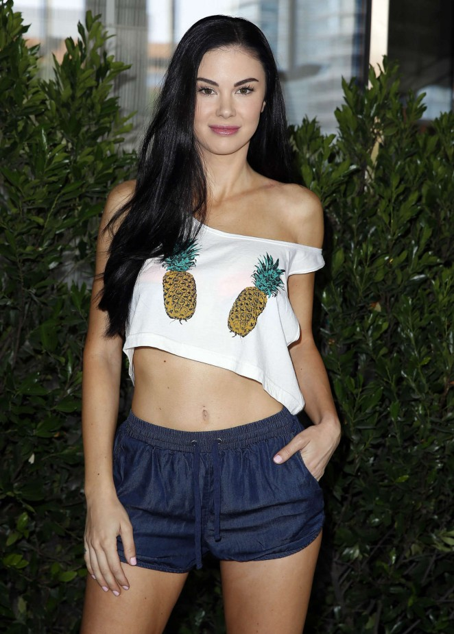 Jayde Nicole - Alvarez Plastic Surgery Las Vegas Pool Party in Las Vegas