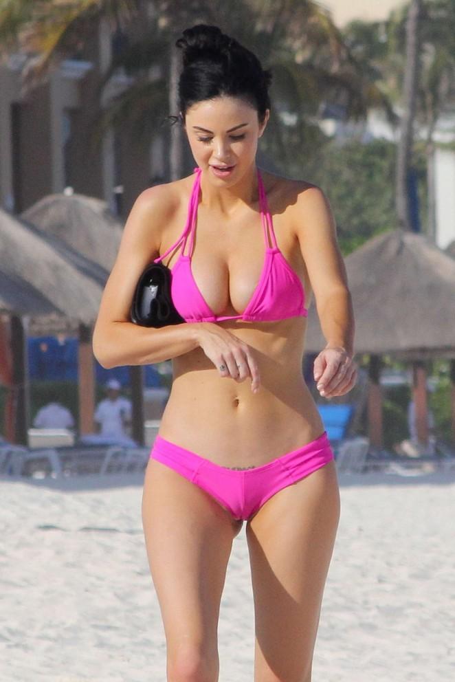 Jayde Nicole in Pink Bikini in Cancun