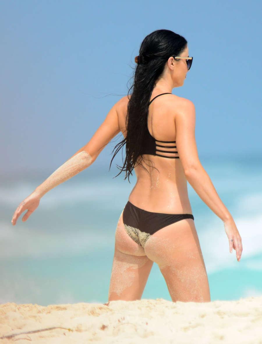 Lailanni hussein bikini,Kayla lewis ass Adult videos Valeria Moreno Nude - 7 Photos,Victoria Beckham: Now Dressing Like A Nazi
