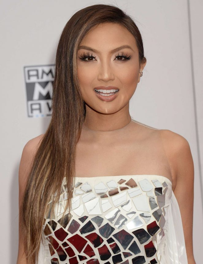 Jeannie Mai - 2016 American Music Awards in Los Angeles