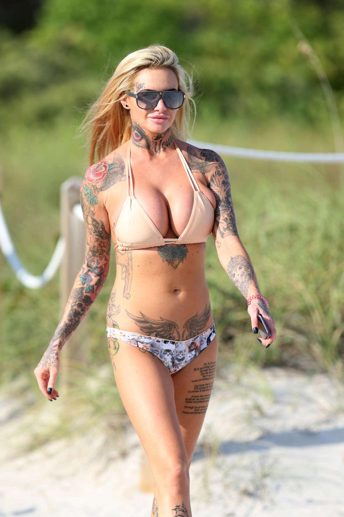 Jemma Lucy 2016 : Jemma Lucy in Bikini -03