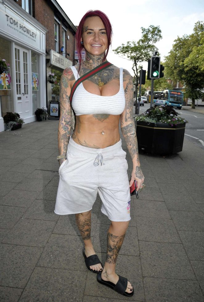 Jemma Lucy - Out and about in Cheshire
