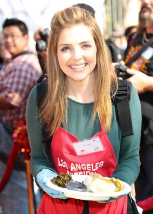 Jen Lilley - 2016 Annual Thanksgiving Dinner Celebration in LA