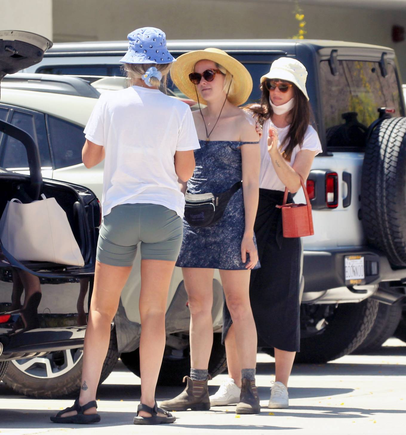 Jena Malone 2021 : Jena Malone – In blue summer mini dres on vacations in Palm Springs-09