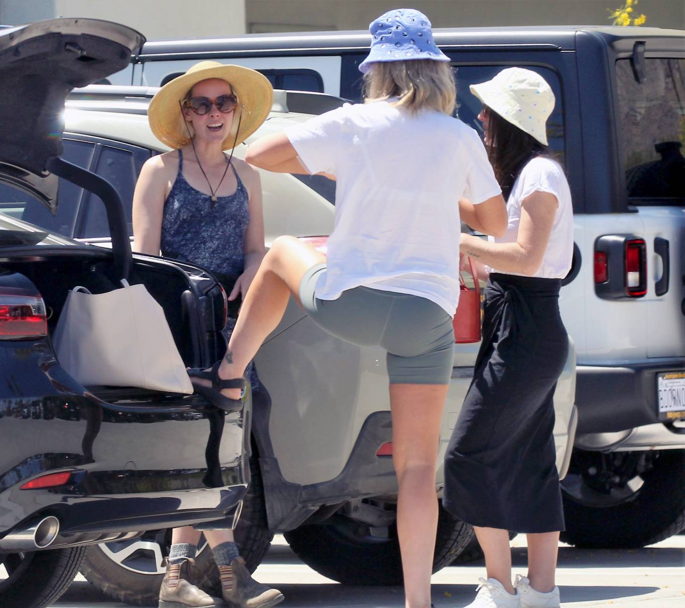 Jena Malone 2021 : Jena Malone – In blue summer mini dres on vacations in Palm Springs-25
