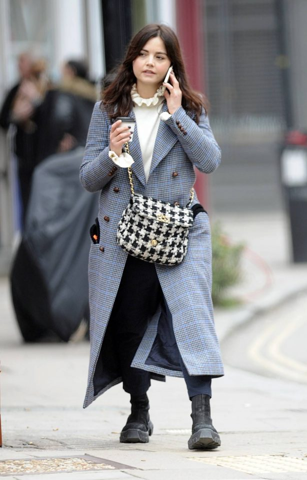 Jenna Coleman - Seen on phone while is out in London