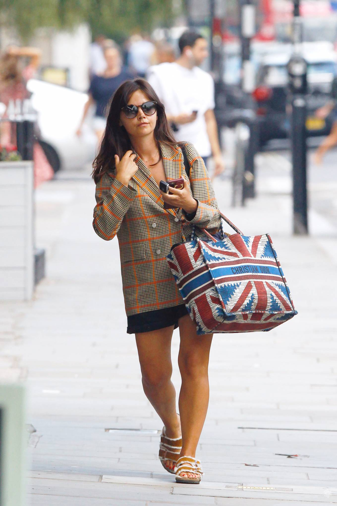 Jenna Coleman 2020 : Jenna Coleman – Shopping candids in London-03